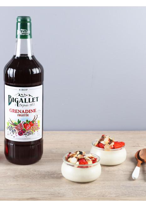 Panna cotta à l'amande et fraises